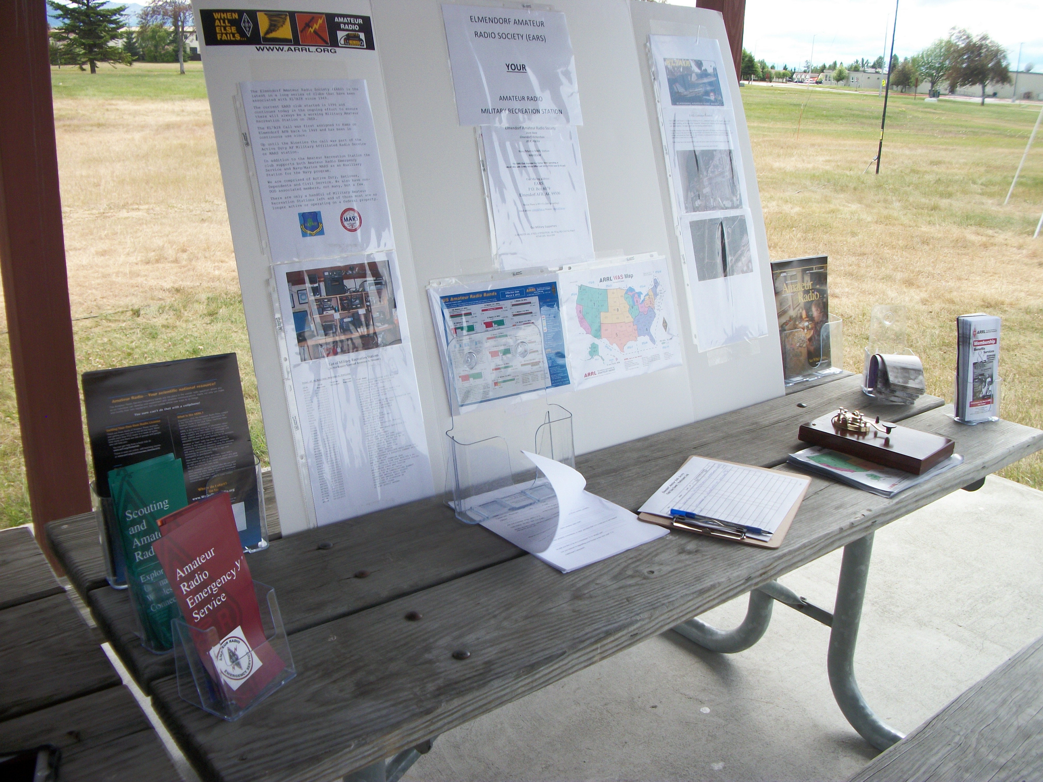 Info Booth